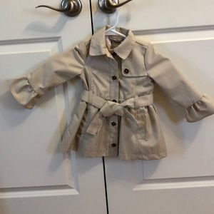 New worn beautiful toddler trench